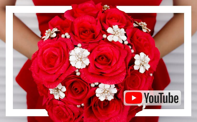 Video buchet de mireasa cu trandafiri rosii din hartie si brose